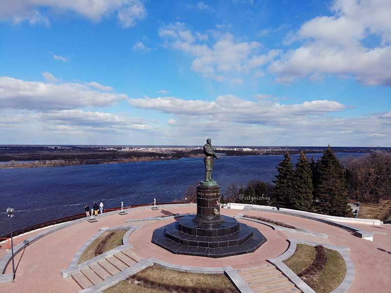 Нижний Новгород. Вид на Кремль. Вид на площадь Чкалова.